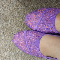 TOMS SHOES 2 PAIRS