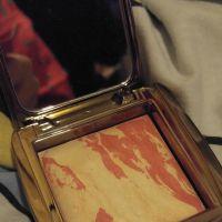 hourglass diffused heat powder