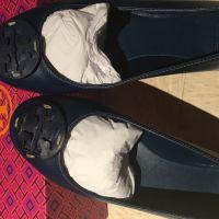 Shoes and key case x 1 USD260Origin: