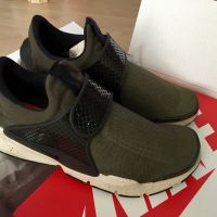 Nike Sock Dart Sneaker x 1