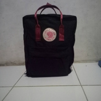 Black and Ox Red Kanken Classic