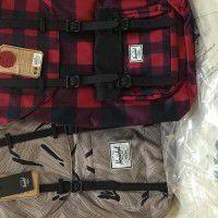 Herschel Backbag x 2