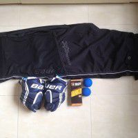 Bauer hockey gloves, pants, laces, balls
