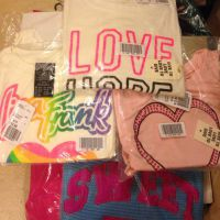 10 childrens clothing items
