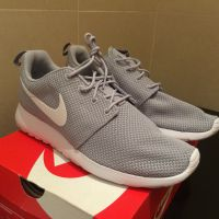 Mens Nike Roshe One Casual ShoesWolf G